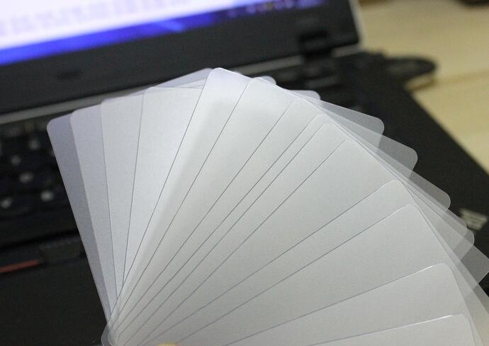 100-500 Lenzuola 0.32mm di Spessore Piccola Luce Traslucida di PVC Opaco Copriletto Tinta Unita In Bianco Biglietto Da Visita 85*53mm
