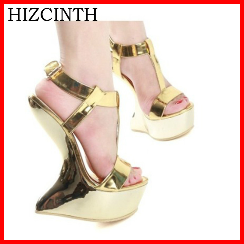 где купить HIZCINTH 2018 Summer Gladiator Sandals Women's Shoes Tide Golden Metal Buckles Platform High Heels Nightclubs Female Sandalias дешево
