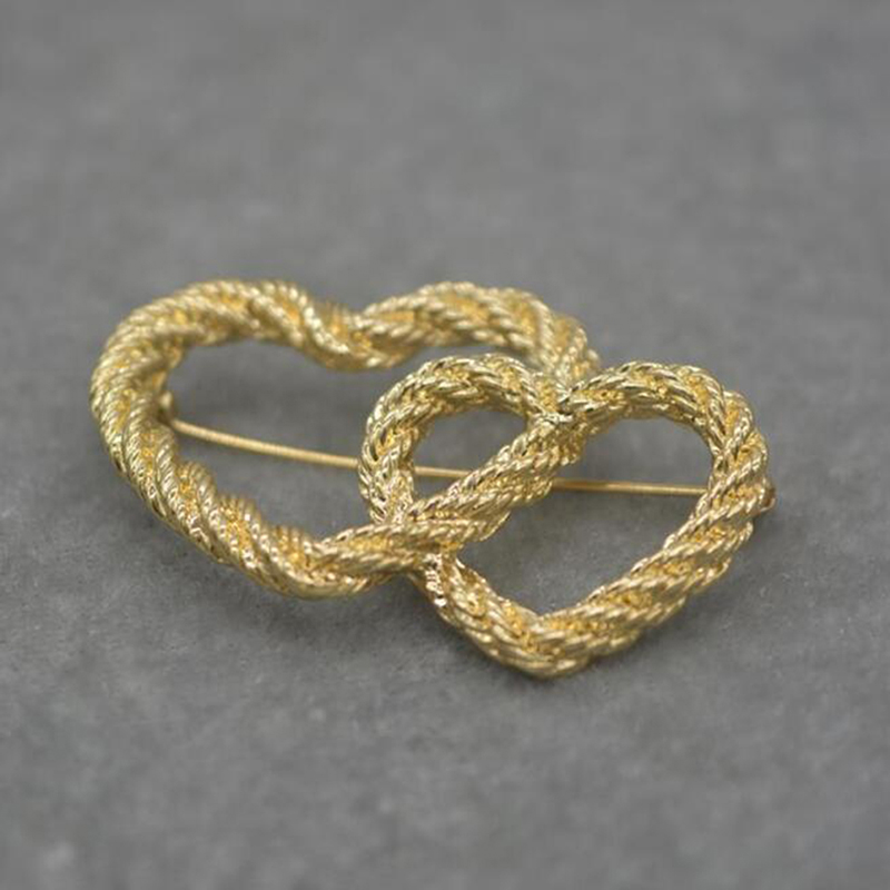 Double Heart Fashion Design Woven Shape Golden Color Brooches Retro Brooch Women's Simple Wedding Accessories