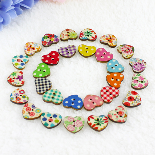 100Pcs/lot Multicolor Heart Shaped 2 Holes Wood Sewing Buttons Scrapbooking Knopf Bouton Home Wall Decor Children Kids Gift(China)