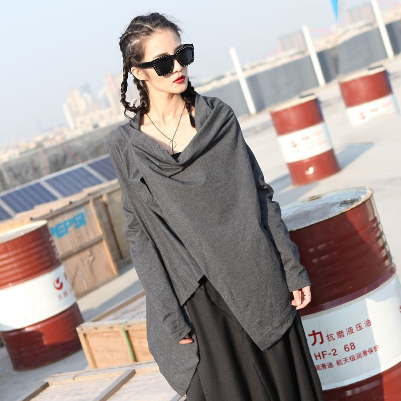 [EAM]2017Spring Summer Fashion New Solid Color Long Sleeves Personality To Wear Shawl Jacket Women Q41102