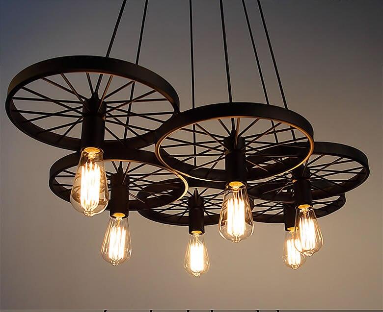 Vintage průmyslové podkroví retro černé železné kovové kolo přívěsek světlo s Edison žárovky visí lampa pro bar restaurace Cafe