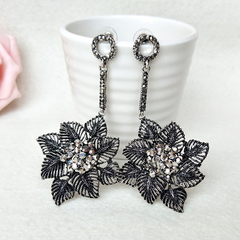 5Pairs Fashion flower shape earrings Paved Rhinestone Crystal Charm Dangle earrings Jewelry for women ER470