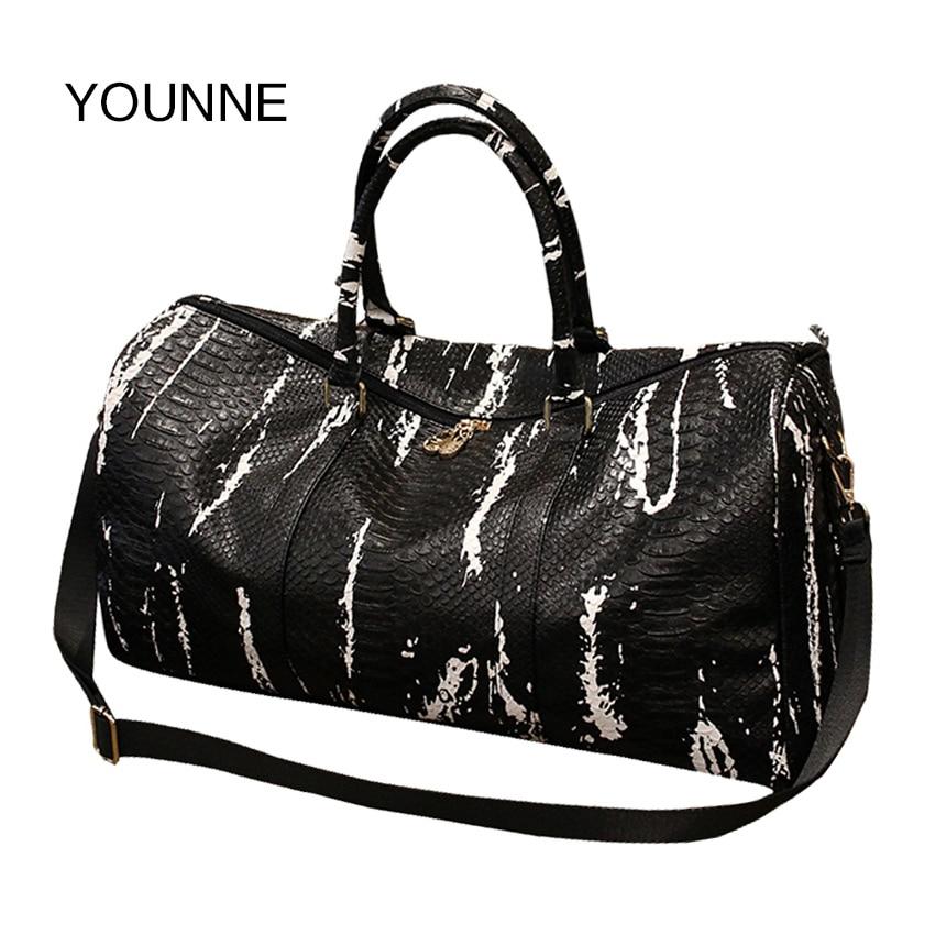 YOUNNE 2017 Women New Snakes Travel Bag Korean Edition Short Trip Package Bag Large Capacity Baggage Bags Shoulder Bag