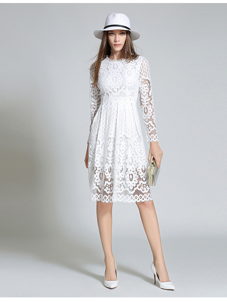 Robe dentelle blanche mi longue