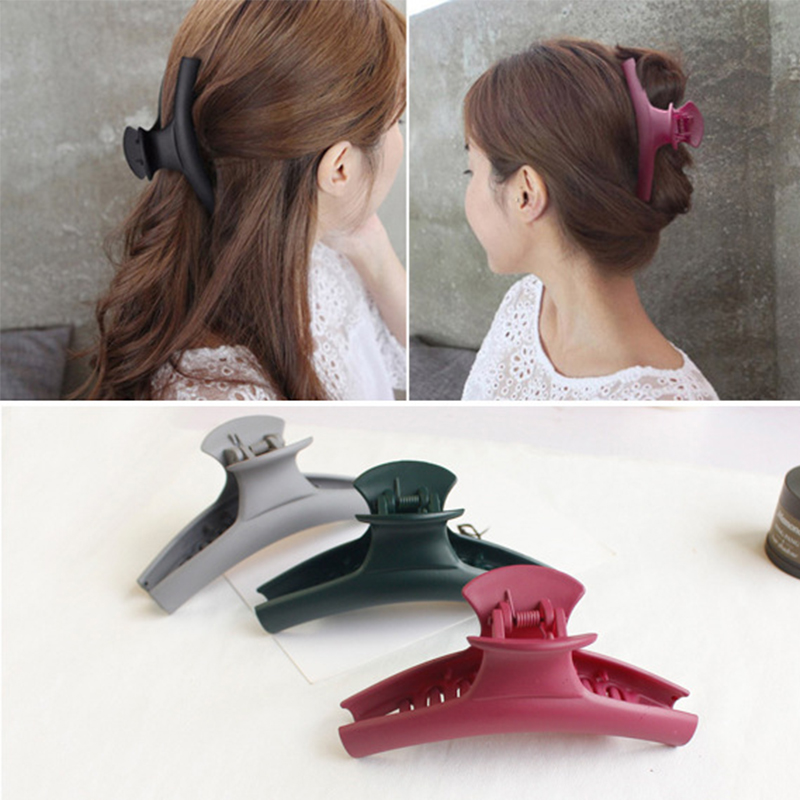 Women Large Size Hair Claws Hairpins Solid Color Female Hair Clip Crab Clamp accessories Ornaments Make UP Washing Tool Headwear