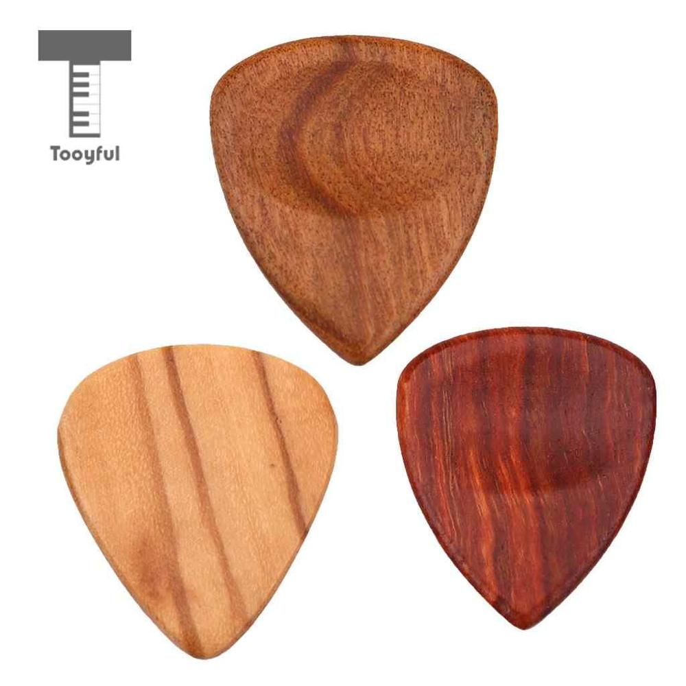 Tooyful 1 Piece Wood Acoustic Guitar Pick Plectrum Hearted Shape Picks for Bass Part Guitar Accessories wood