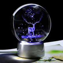3D Crystal Wapiti Ball Glass Reindeer Globe with Chargeable LED Base Home Decor Sphere Ornament Christmas Decoration