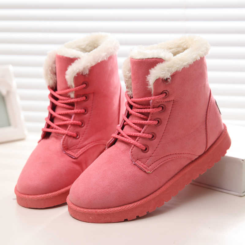 Kadın Kışlık Botlar Sıcak Kürk Kar Kadın Botları 2019 Yuvarlak Ayak Kış Kadın Ayakkabı Lace Up Süet Pamuk yarım çizmeler Artı boyutu 43