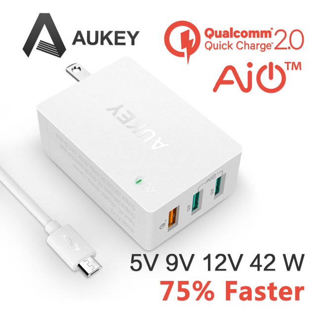 Aukey White 2.0 Quick Charger 3 Ports Fast Wall Travel Charger US Plug 2 Port 5V/2.4 +1 Port Quick Charge 2.0 for Galaxy S6 Edge thunder charge 25w 4 port usb wall charger travel charging hub