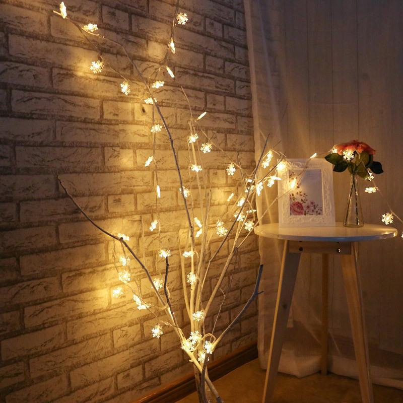 snowflake string lights 4668705170_897662015