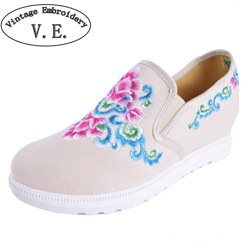 Vintage Women Embroidery Shoes Casual Floral Canvas Fashion Ladies Slip on Flats Platform Cotton Cloth Shoes Woman Zapatos Mujer akexiya casual women loafers platform breathable slip on flats shoes woman floral lace ladies flat canvas shoes size plus 35 43