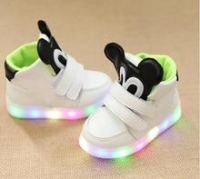 2018 m. Kietas LED šviestuvas kūdikio batai aukštos kokybės Mielos mergaitės berniukų batai aukštos kokybės spalvinga apšviesta kūdikių sportbačiai