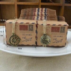 Image 2 - 10 set Vintage Francobollo di Posta Aerea di Disegno del Contenitore di Caramella Con La Bussola/Mini Globo Regalo di Kraft Contenitore di Regali del Partito Borse di Nozze forniture di compleanno