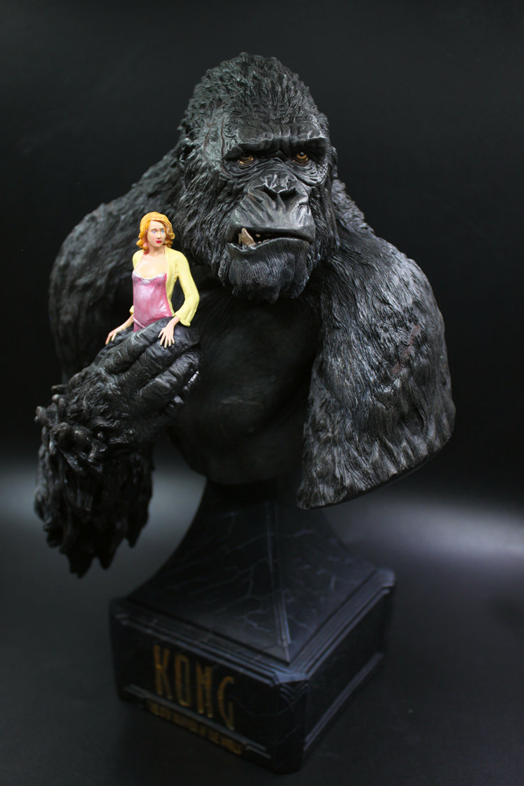 [Funny] 30cm King Kong : Skull Island Orangutan and Woman Coloring resin figure statue toy Collection model desk decoration gift black orangutan 75x85cm chimpanzee plush toy black king kong doll gift w4663