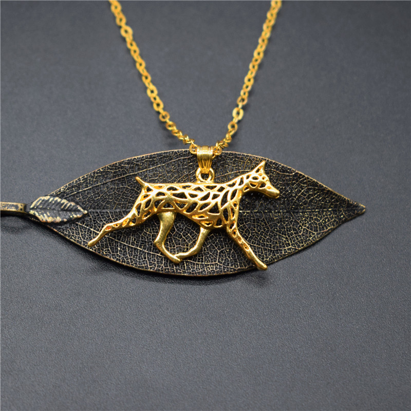 4 Colors New Doberman Pinscher Charm Necklace Trendy Metal Dog Jewellery Doberman Pinscher Pendant Necklace Women