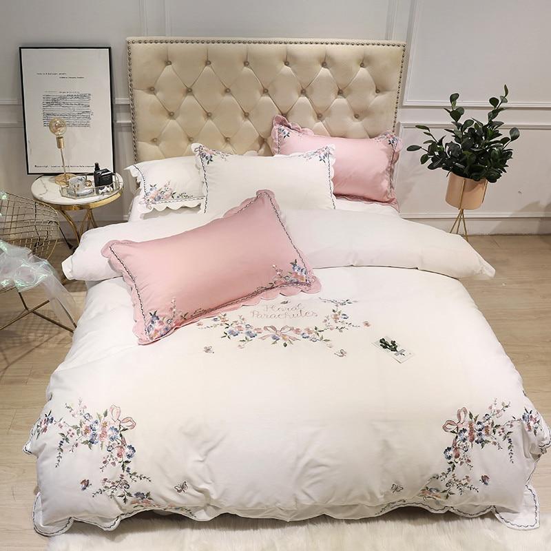 Bianco rosa di cotone Egiziano di lusso del ricamo Set Biancheria Da Letto queen king size copripiumino lenzuolo lenzuolo set ropa de cama-in Completi letto da Casa e giardino su  Gruppo 1