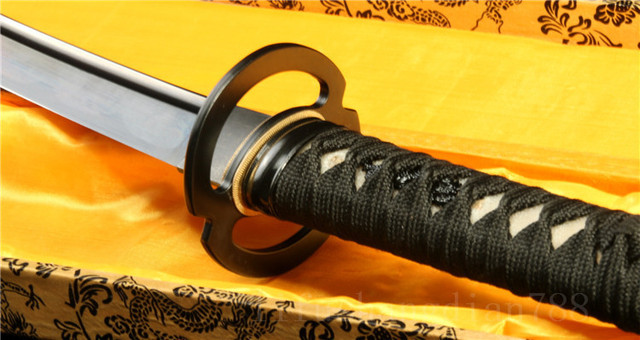 Grade A Handmade Japanese Tanto Sword  Black high carbon Steel black Scabbard very sharp full tang