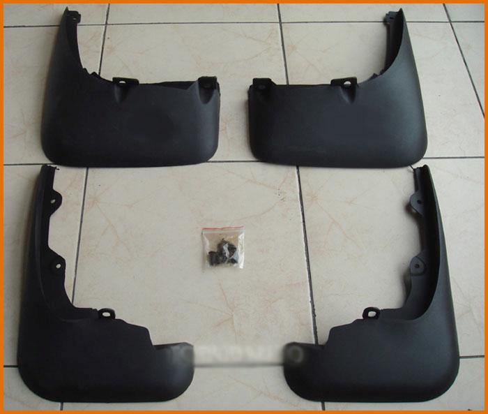 ФОТО SET FIT FOR  MITSUBISHI OUTLANDER (2003~2006)  MUD FLAPS SPLASH GUARDS MUDGUARDS Free Shipping