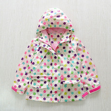 2017 spring new brand fashion girls jacket hooded kids trench coats color polka dot print waterproof outerwear 3-10Y