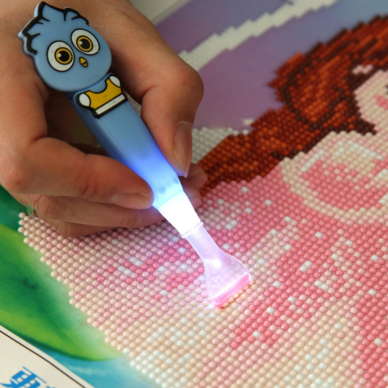 Lovely Cartoon Character Point Drill Pen Have Three Electronic Batteries 1/6 Heads Small Diamond Painting Supplies