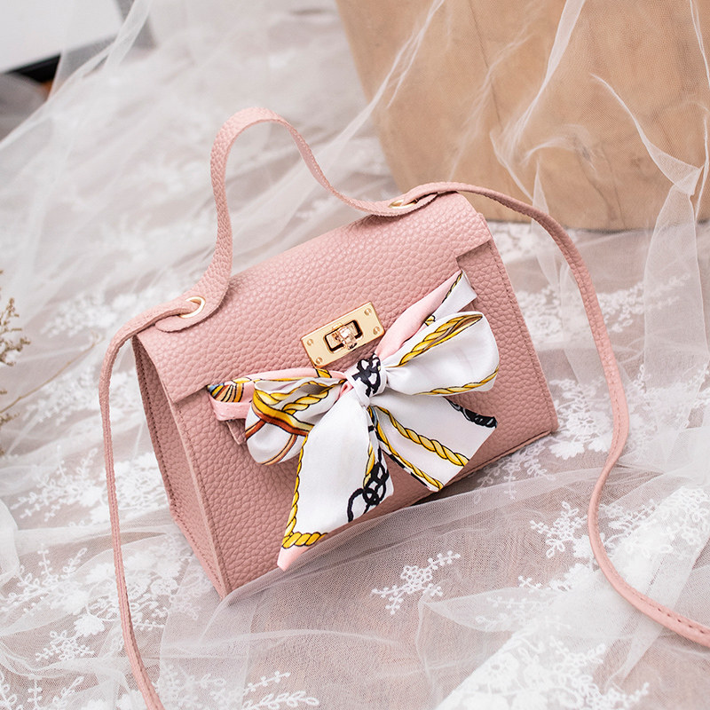 Women Leather Handbags Locked Lychee Tote Bag Bow Decoration Shoulder Messenger Bag 2019 Summer New Women 39 s Bag in Top Handle Bags from Luggage amp Bags