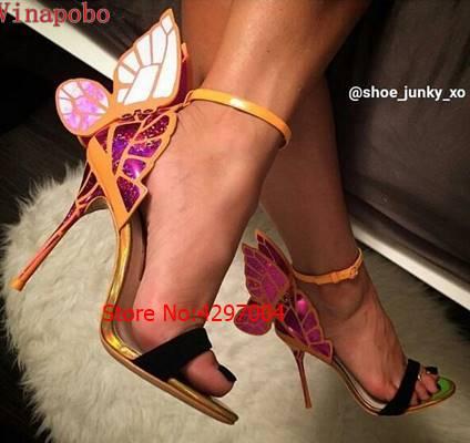 2019 Nieuwe vrouwen Kleurrijke vlinder sandalen party schoenen hoge hakken trouwschoenen gladiator sandalen vleugels gedrukt stiletto Hakken-in Hoge Hakken van Schoenen op  Groep 3