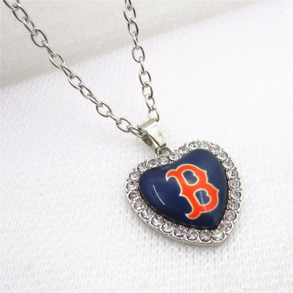 10pcs Crystal Heart Boston red sox USA Necklace Baseball Sport Necklace Pendant Charms with 50cm Chains Necklace Jewelry