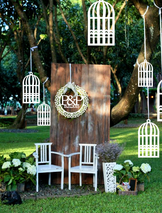 White Rustic Style Wooden Bird Cage Design Hanging Outdoor