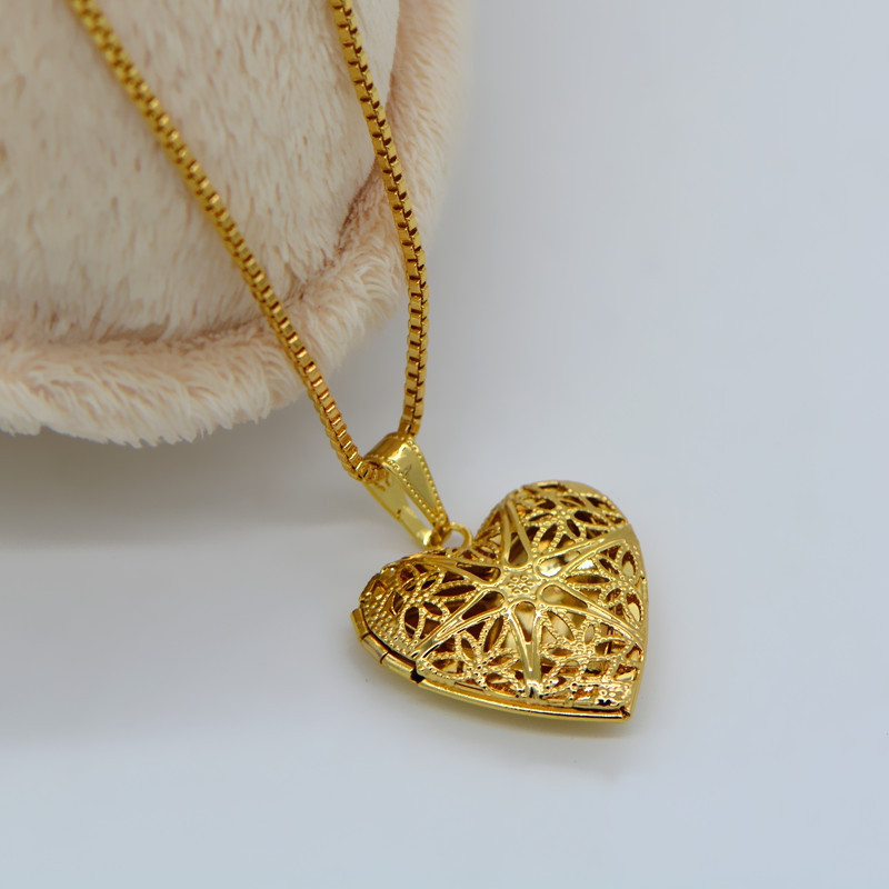 24 k gold classic heart shaped box pendants can pack perfume cotton 24 k gold classic heart shaped box pendants can pack perfume cotton and photos p30038 in pendants from jewelry accessories on aliexpress alibaba aloadofball Choice Image
