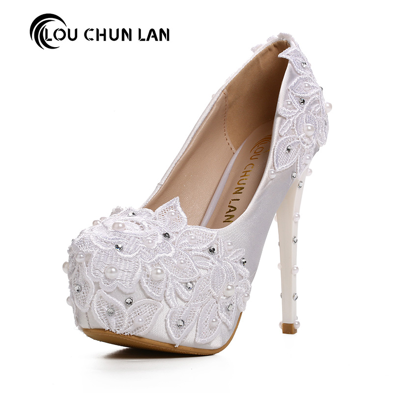 Women Pumps Shoes Beautiful white lace pearl bride shoes high heel waterproof table wedding shoes satin fine with dress shoes the new 2017 white satin high with the bride shoes waterproof slipper wedding shoes picture taken single shoes for women s shoes