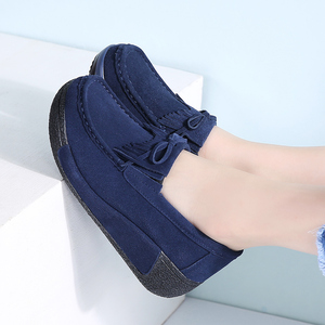 Image 5 - STQ 2020 Autumn Women Flats Shoes Tassel Fringe Platform Shoes Leather Suede Casual Shoes Slip On Flats Footwear Creepers 1319