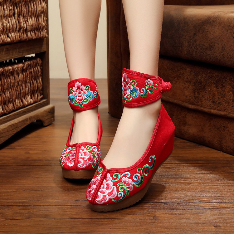 Flower Old Beijing Embroidered Women Shoes Mary Jane Flat Heel Denim Chinese Style Casua ...