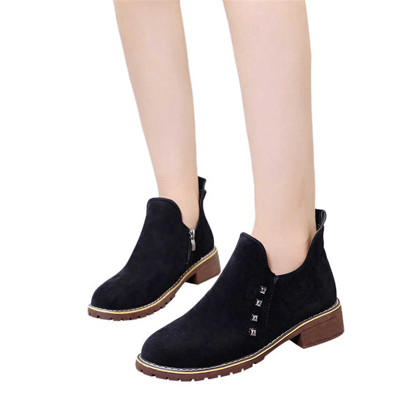 2018 Yeni Moda bayan Botları Kadın Perçinler düz ayakkabı Martain Çizmeler Süet Fermuar Çizmeler Yuvarlak Ayak Ayakkabı Chaussures femme 2018