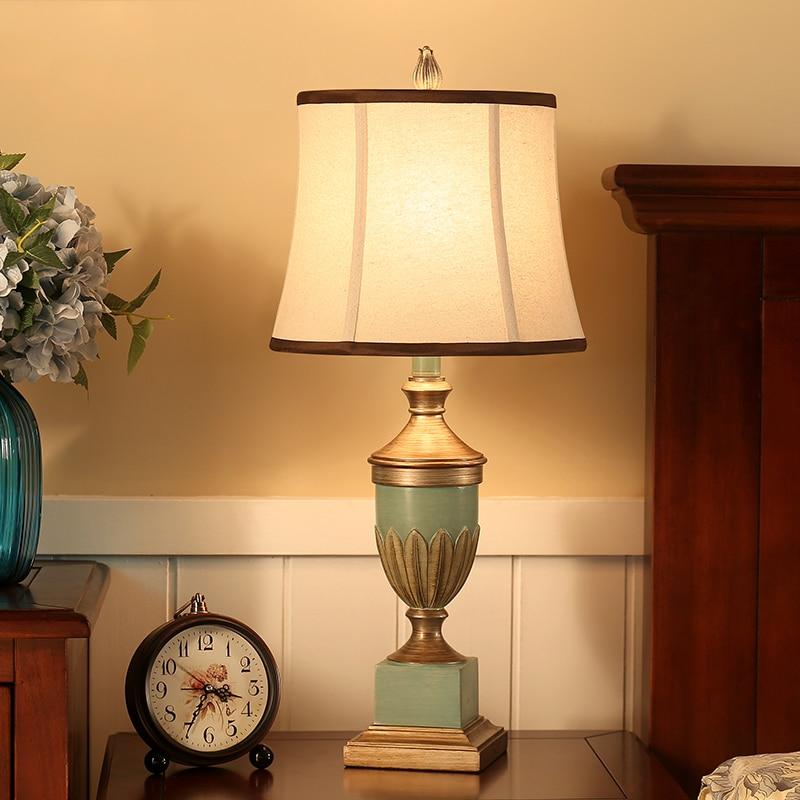 European Antique Bedroom Table Lamps Vintage Table Lamps for Bedroom Resin Light Desk Light Fabric Bedroom Table Lamps abajur
