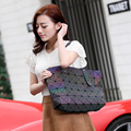 Nova marca Bao bao mulheres luminated laser de pérola sacos de sac Tote diamante geometria Acolchoado bolsa de ombro bolsas com logotipo e tags