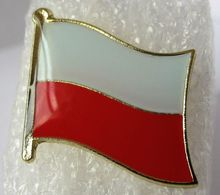Low price and fast delivery custom made namel badges high quality Poland Polish Flag Pin Badge
