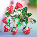 Perfect Enamel Red Strawberry Brooches For Kids Women Christmas Accessories Brand Gold Plated Flower Brooches Pins Broches Ouro