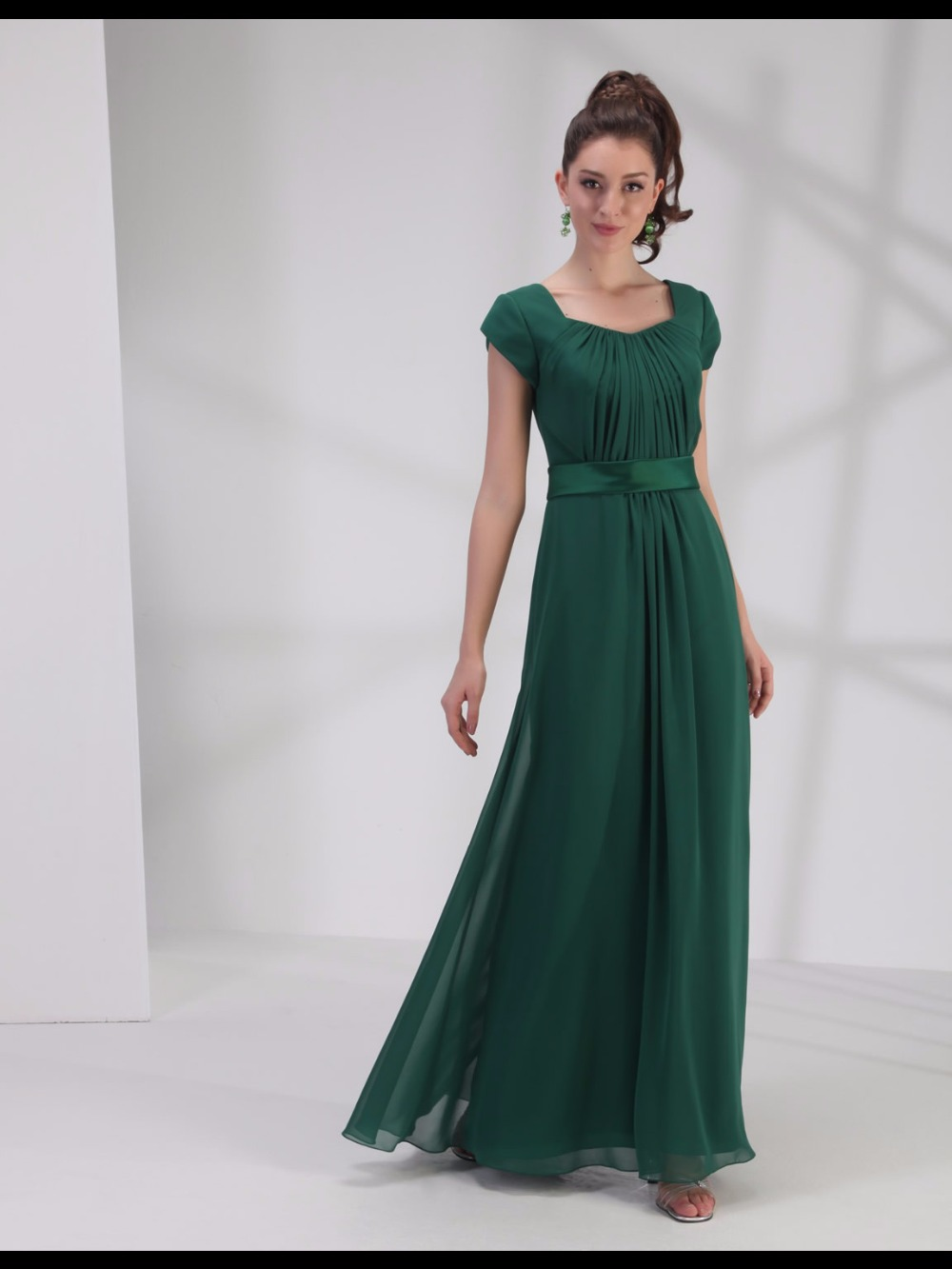 Green Long Modest   Bridesmaid     Dresses   With Cap Sleeves Sweetheart A-line Floor Pleats Belt Chiffon Maids of Honor Party Gowns