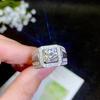 Moissanite Men's rings, now the most popular gemstone, have high hardness, comparable to diamonds. 925 Silver