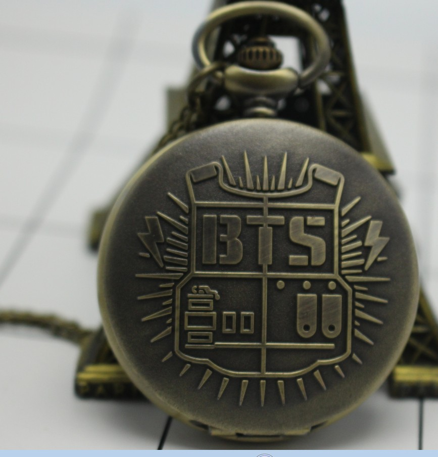 Antique Steampunk Vintage BTS Quartz Pocket Watch Analog Pendant Necklace Chain Mens Womens Relogio De Bolso  Bronze Gray Gift