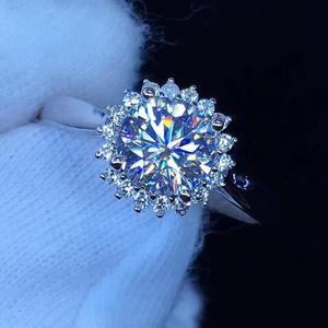 Image 1 - עגול כסף Moissanite טבעת 1ct D VVS יוקרה Moissanite Weding טבעת לנשים