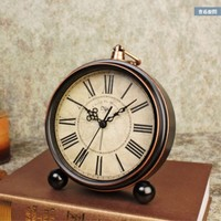 Desktop clock Ornaments Living room bedside alarm clock European pastoral mute Vintage antique American clock decoration