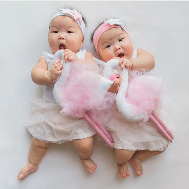 Kawaii Baby Pillow Long Leg Swan Crown Pillow Cushion Children Girls Room Bedding Decoration Baby Dolls Kids Plush Toys Gifts
