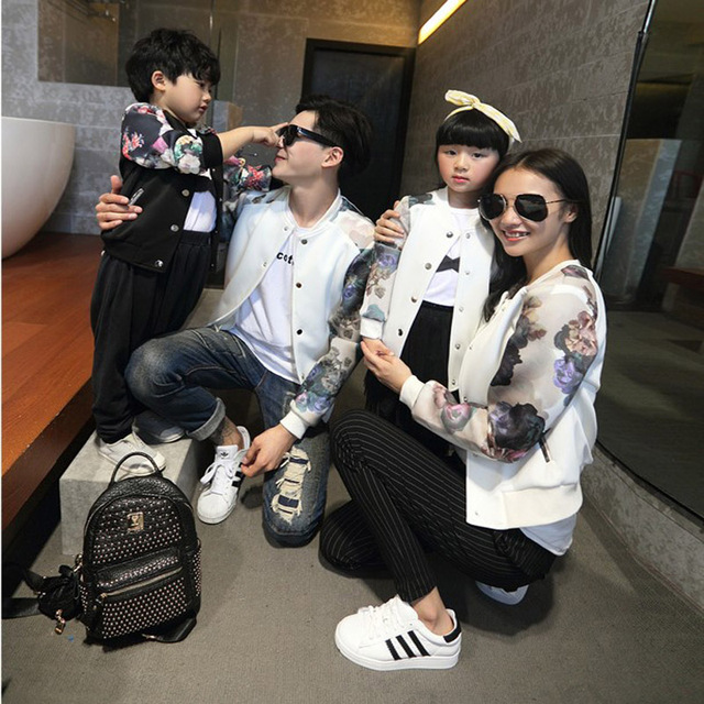 new retail Family fit 2017 Autumn family matching clothes floral printed baseball jackets family clothing four loaded hot sale