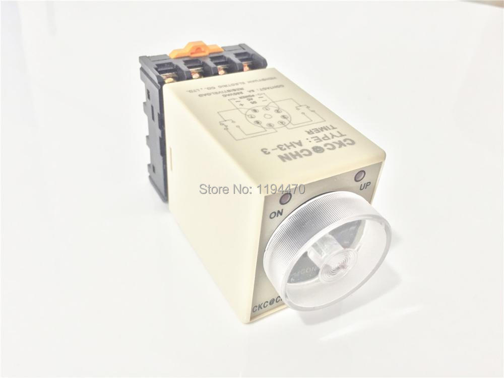 цена на 1 set/Lot AH3-3 AC 220V 3Min 180S Power On Delay Timer Time Relay 220VAC 3M 0-3 Minute  8 Pins With PF083A Socket Base