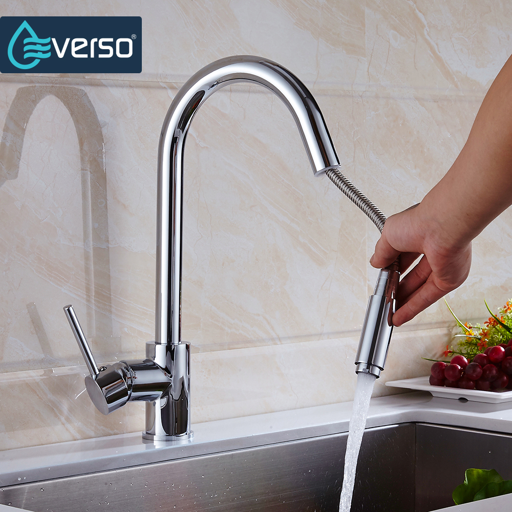 EVERSO Kitchen Faucet Put Out Brass Sink Mixer Tap Kitchen Tap Spray Head Deck Mounted 360 Swivel Torneira De Cozinha xoxo kitchen faucet brass brushed nickel high arch kitchen sink faucet pull out rotation spray mixer tap torneira cozinha 83014