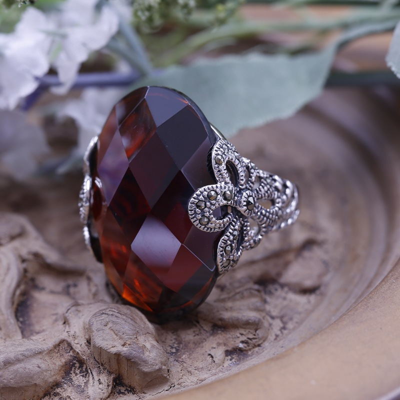 S925 sterling silver ring inlaid silver silver red corundum retro classic Ladies Ring Factory wholesale