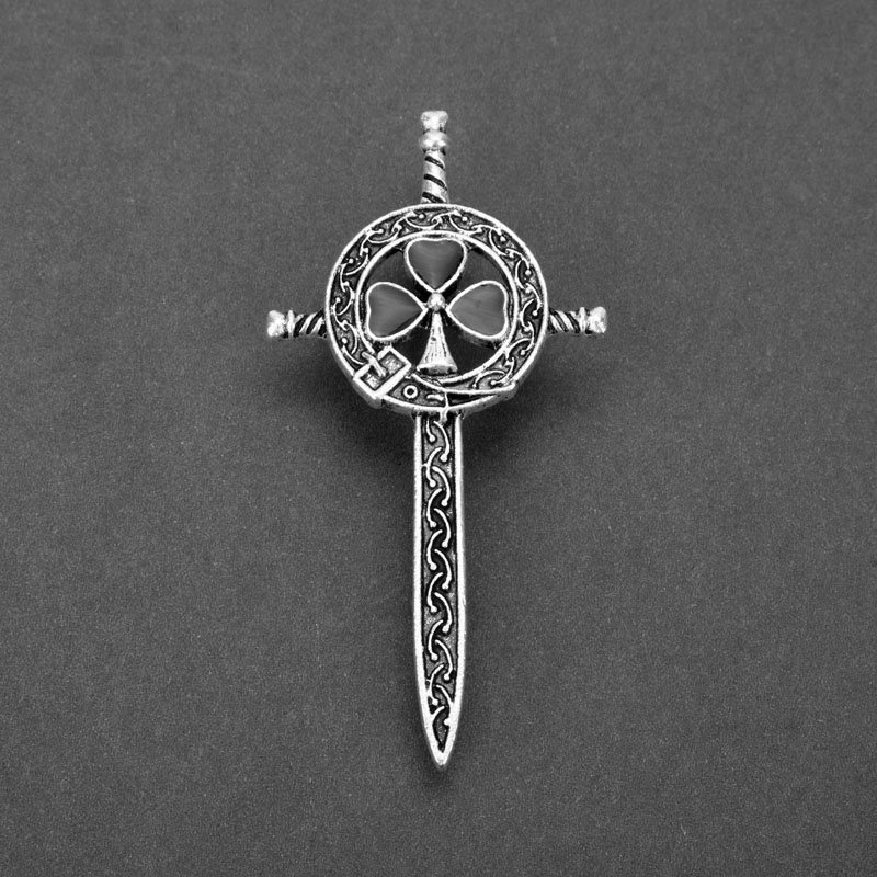 MQCHUN Vintage Silver Thistle Celtics Knot Kilt Pin Brooch TV Jewelry Outlander Scottish Thistle Cross Sword Brooch Women Men