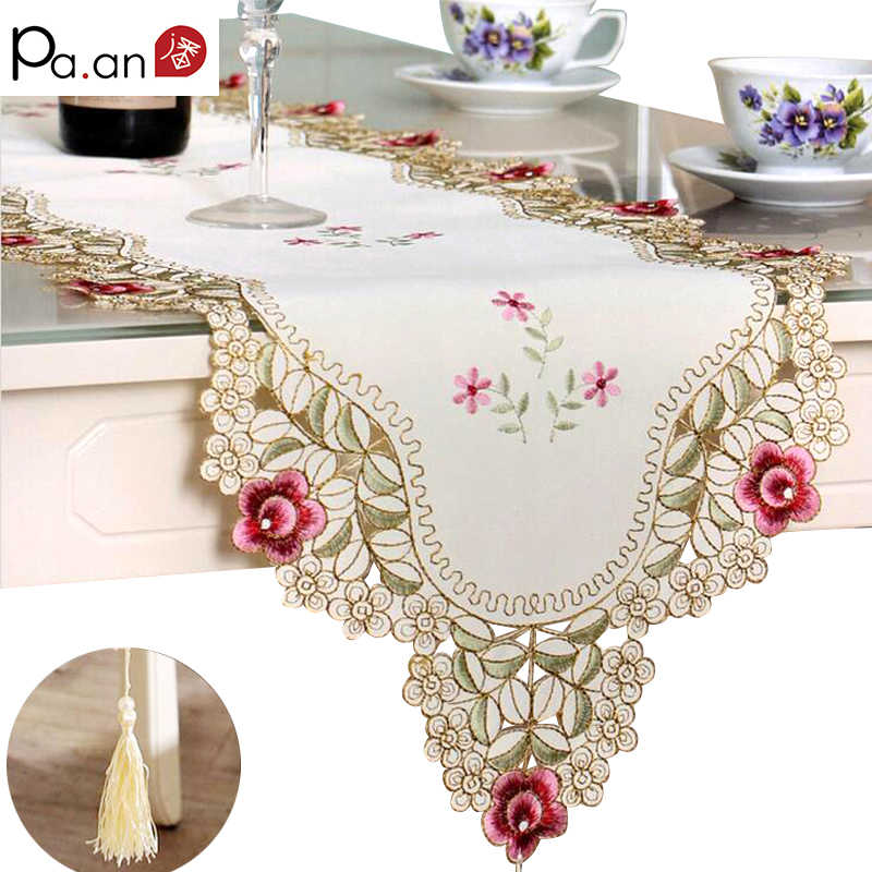 Pastoral Table Runner Embroidered Flower Leaves Hollow Polyester Table Covers Dustproof Table Decor for Home Party Wedding Pa.an